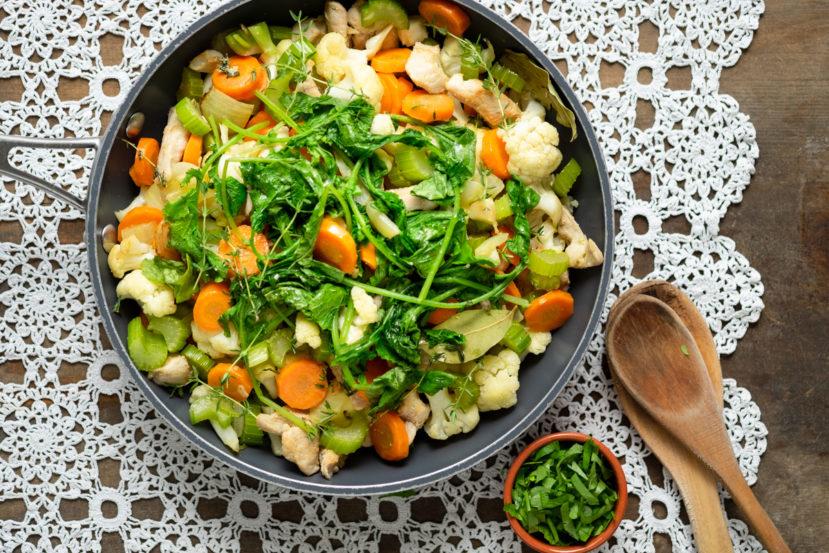 Eenpansgerecht met groenten en kip AIP