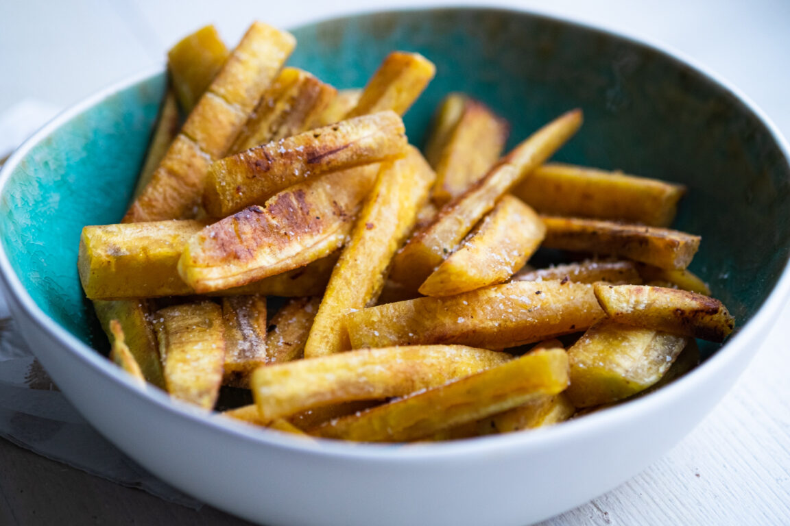 Friet of chips van bakbanaan paleo AIP